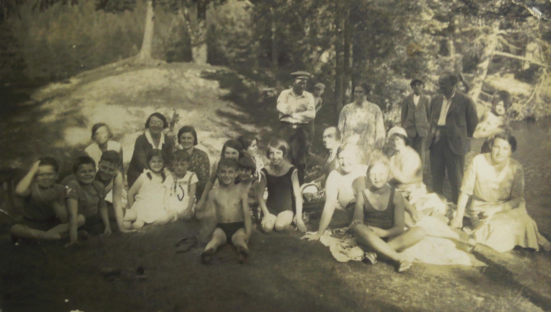 Pacovští Židé na Valše před druhou světovou válkou.